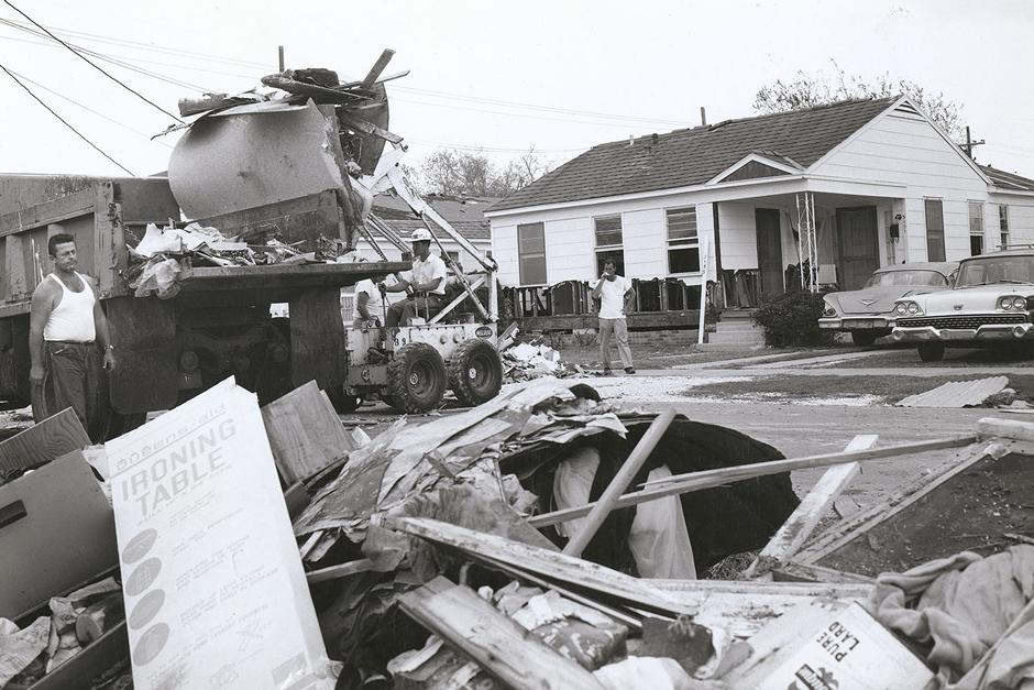 M500 cleaning up in New Orleans after Hurricane Betsy, 1965, Sid Duhon operating
