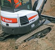 Bobcat compact excavator (mini excavator) with Auto-Shift travel.
