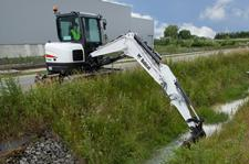 Bobcat E62 Compact Excavator (Interim Tier4)