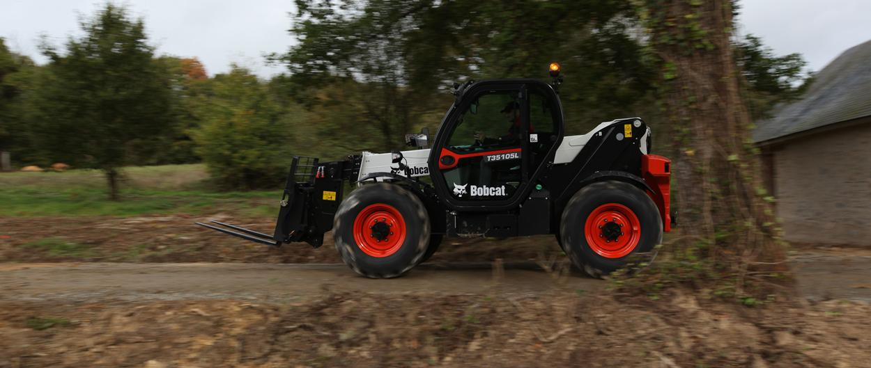 T35105L Bobcat Telescopc Handler with Pallet Fork Attachment