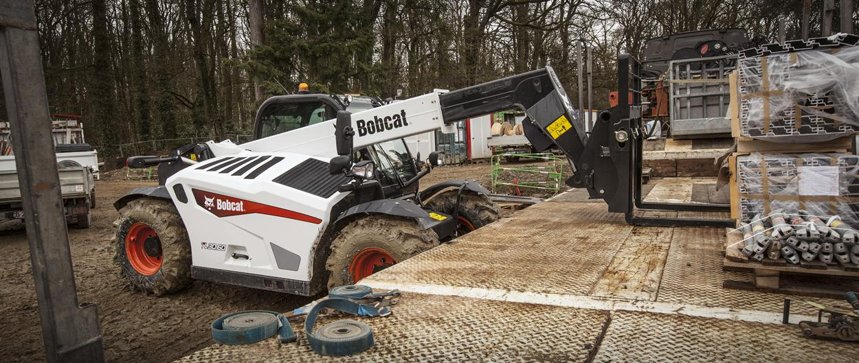 Bobcat TL30.60 Telescopic Loader with Pallet Forks