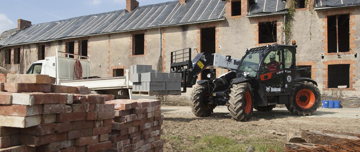 Bobcat TL35.70 Telescopic Loader at a construciton building site