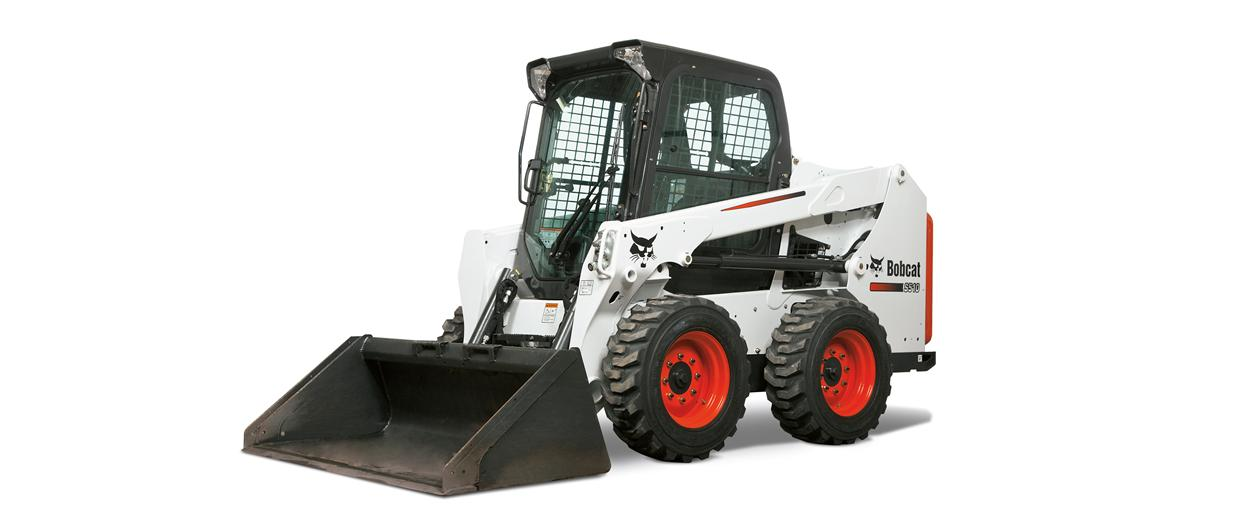 Bobcat S510 skid-steer loader with bucket.