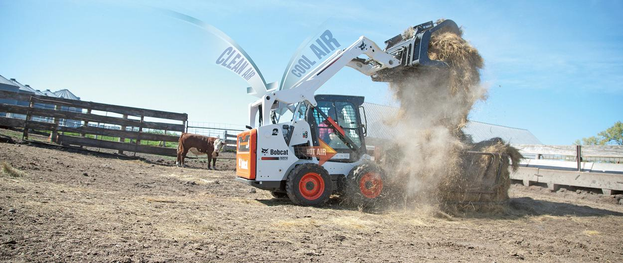 Bobcat S590 compact track loader with SmartFAN and smart cooling system.