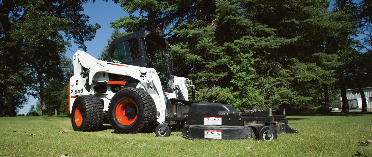 Bobcat A770 skid-steer loader with bucket.