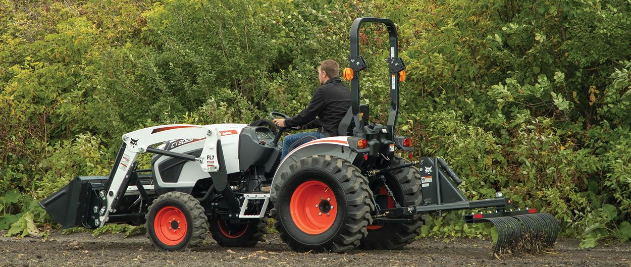Bobcat CT2025 compact tractor in a field.