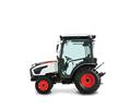 The 40-hp CT2540 is one of five Bobcat compact tractor models in the 2000 Platform.