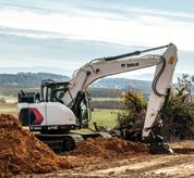 Bobcat 14-16T Size Class Large Excavator With Bucket Attachment Moving Earth
