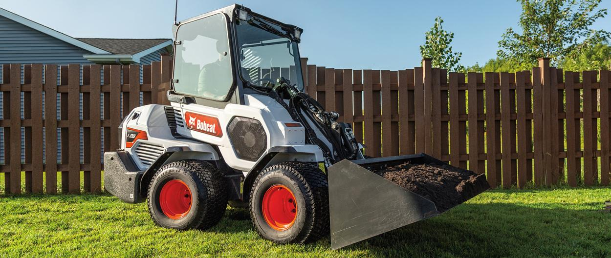 Bobcat Small Articulating Loader With Pallet Fork Attachment