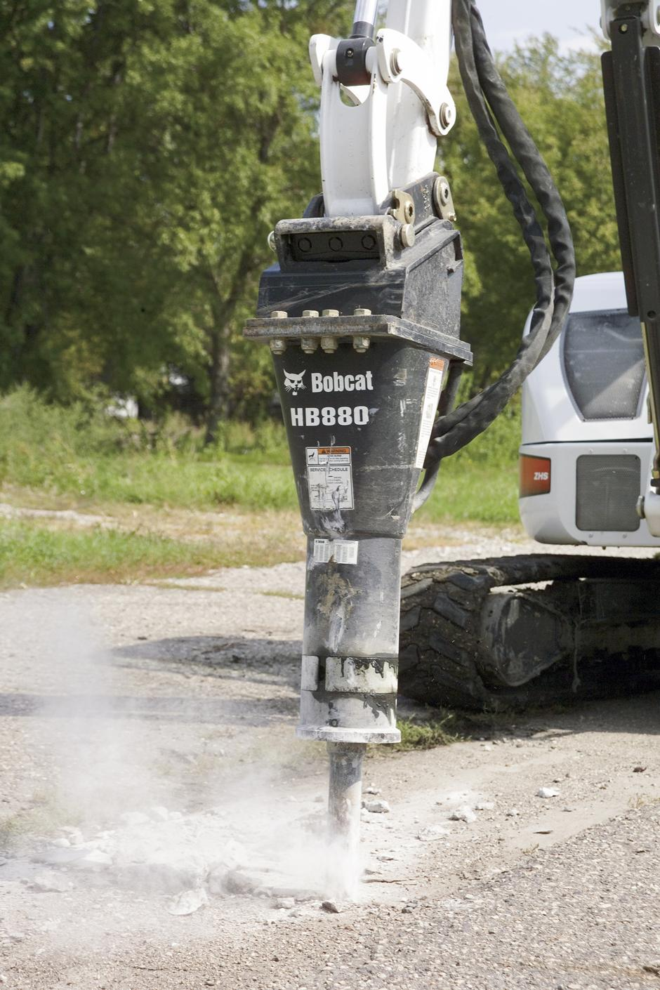 2019, Bobcat, HB980 Breaker with Nail Point, Hammer / Breaker Attachments