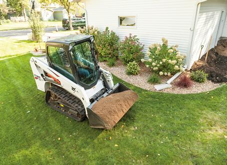 bobcat-t450-hauling-dirt-207149-127795-fc_head_left.jpg
