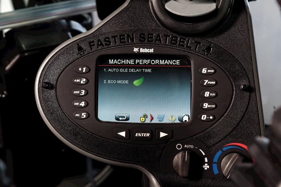 Deluxe instrumentation displaying eco mode.
