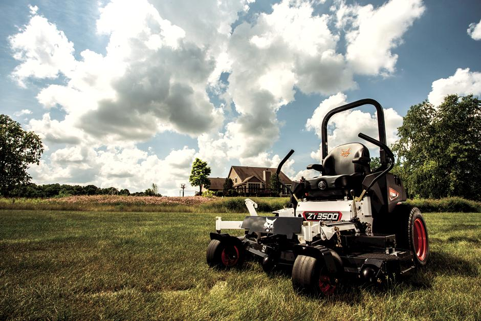 Bobcat ZT3500 Zero-Turn Mower Front View