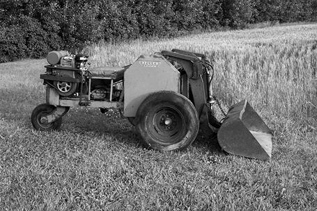 The Keller Brothers' First Three-Wheeled Compact Loader