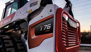 R-Series Compact Track Loader Tailgate