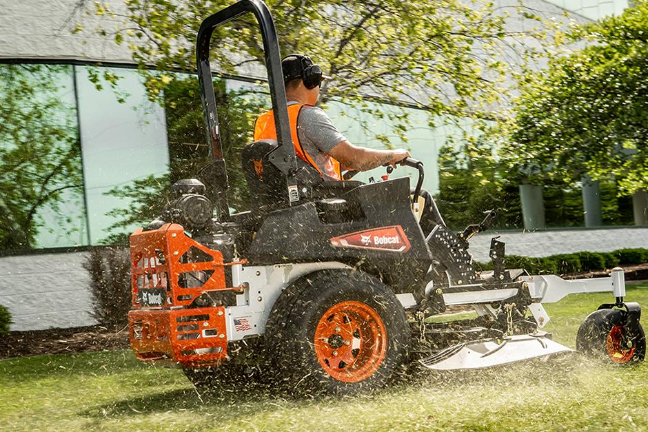 Bobcat ZT6100 Zero-Turn Mower In-Action