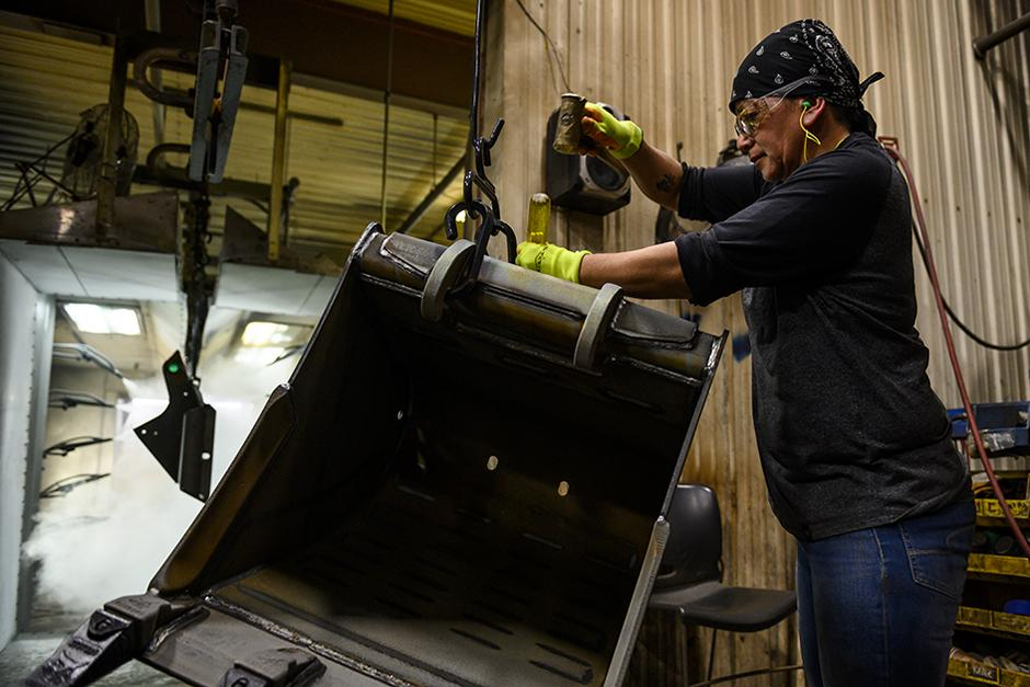 Bobcat Employee Working At Litchfield Manufacturing Facility