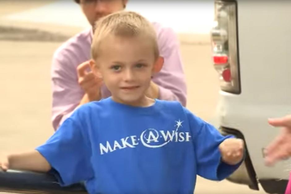 Make-A-Wish recipient Connor Menard at Bobcat Company.