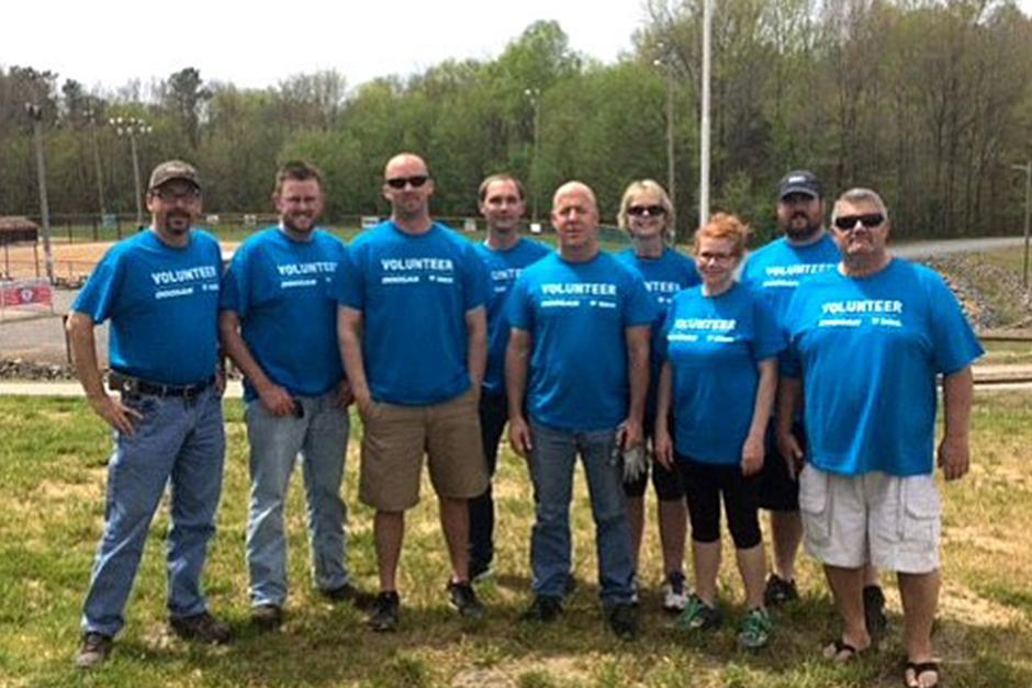 Employees In Statesville, North Carolina, Volunteer During Doosan Day of Community Service
