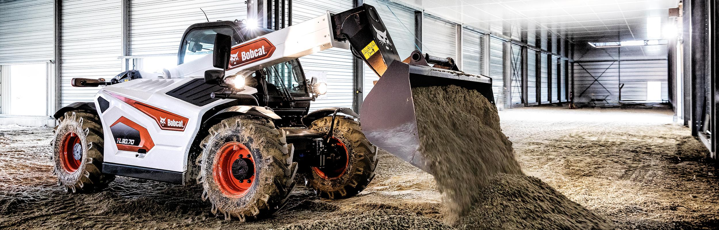 R-Series Telehandlers for Construction
