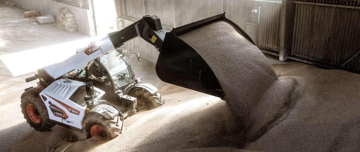 Телескопические манипуляторы серии R для сельского хозяйства