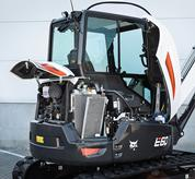 Bobcat compact excavator (mini excavator) with separable cooling cores.
