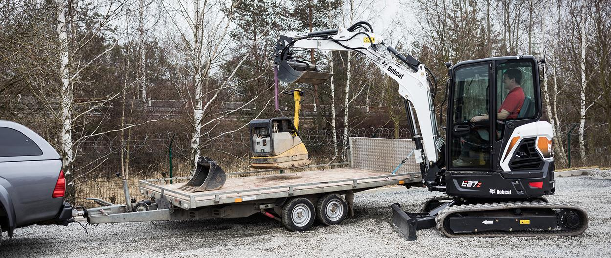 E27z Compact Excavator Bobcat