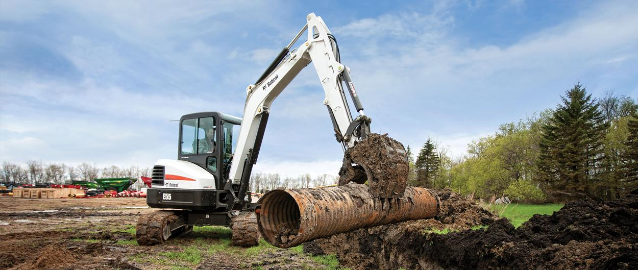 Bobcat E55 compact excavator (mini excavator) with compact frame.