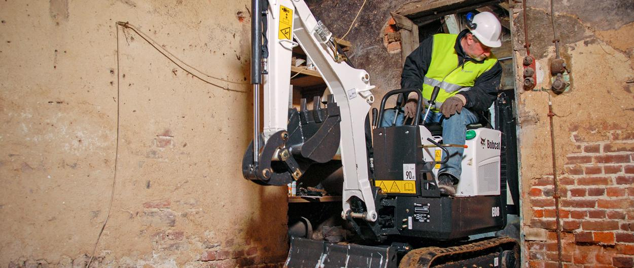 Bobcat Compact (mini) Excavator E08 with Bucket Attachment
