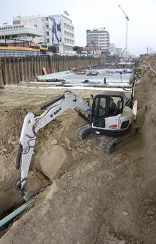 Bobcat E80 Compact Excavator (Tropical)