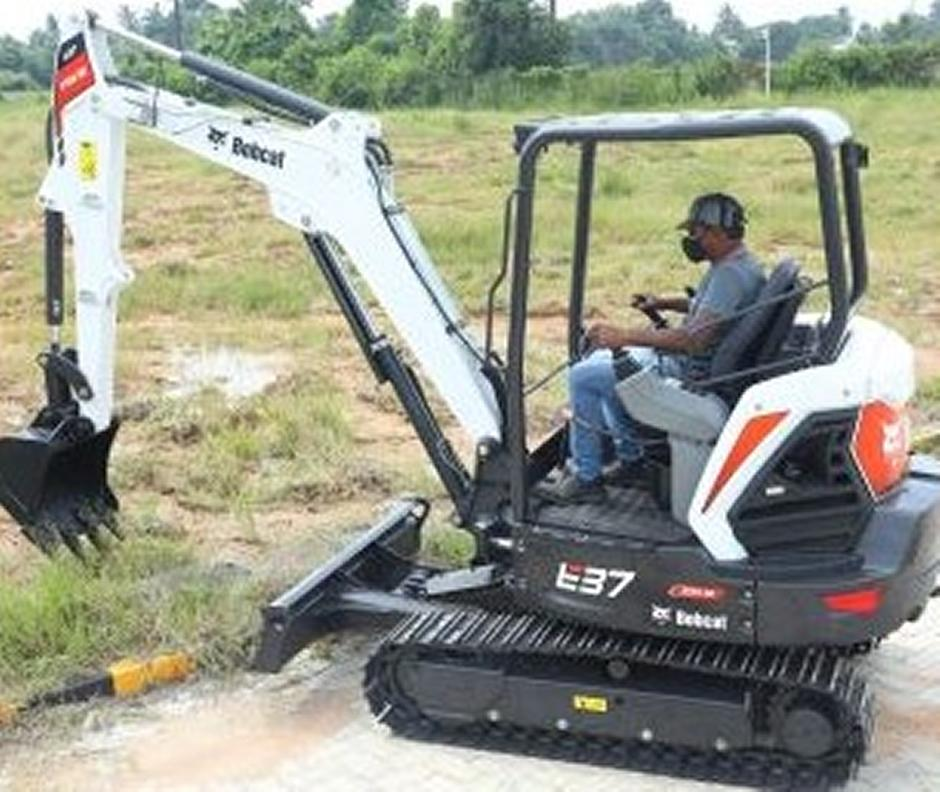 Bobcat E37 Xtra HD Compact Excavator
