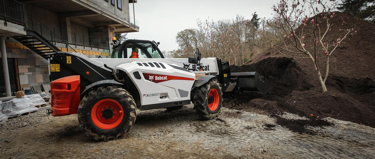 Bobcat Telescopic Handler T40.180SLP with Bucket attachment