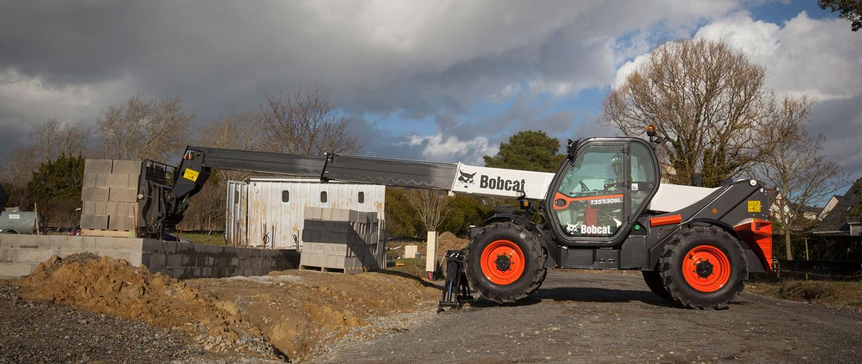 Bobcat Telescopic Handler T35130SL with Pallet Fork Attachment