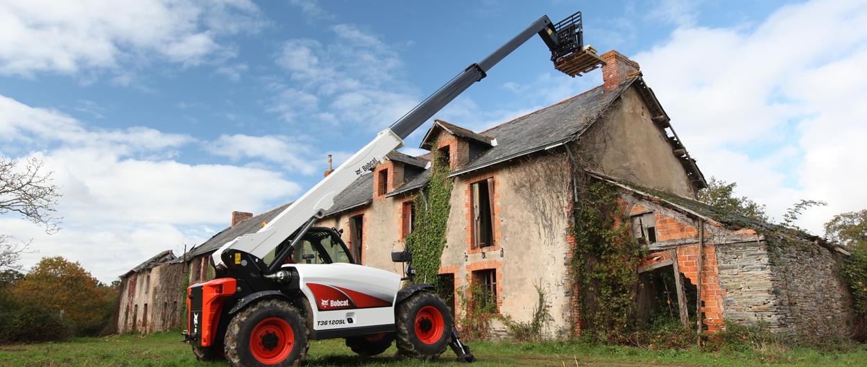 Bobcat Telescopic Hanlder T36120SL with Pallet Fork Attachment