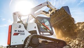 Bobcat T740 Compact Track Loader Dumping Dirt On Jobsite