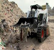 Bobcat Skid Steer Loader with Rock Bucket (Skeleton Bucket)