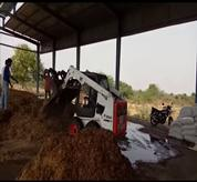 Bobcat Skid Steer Loader with bucket Grappler